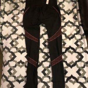 NWT, Leggings/Gym Pants One Size Fits All